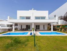 Half vrijstaande villa Mijas 8