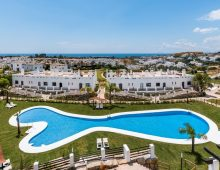 Golf apartments & townhouses Estepona 1