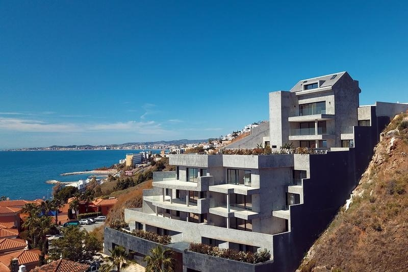 Apartments Nueva Torrequebrada 12